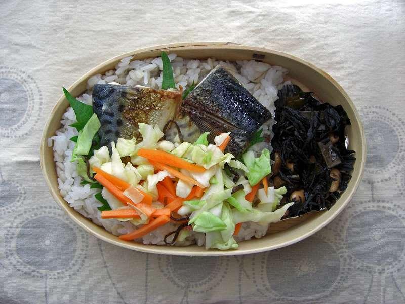鯖塩焼き 麦ご飯