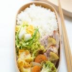 野菜と厚切りハムのレモン風味ローストなど。