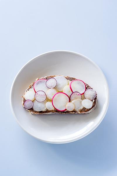 radish-butter-tartine-1