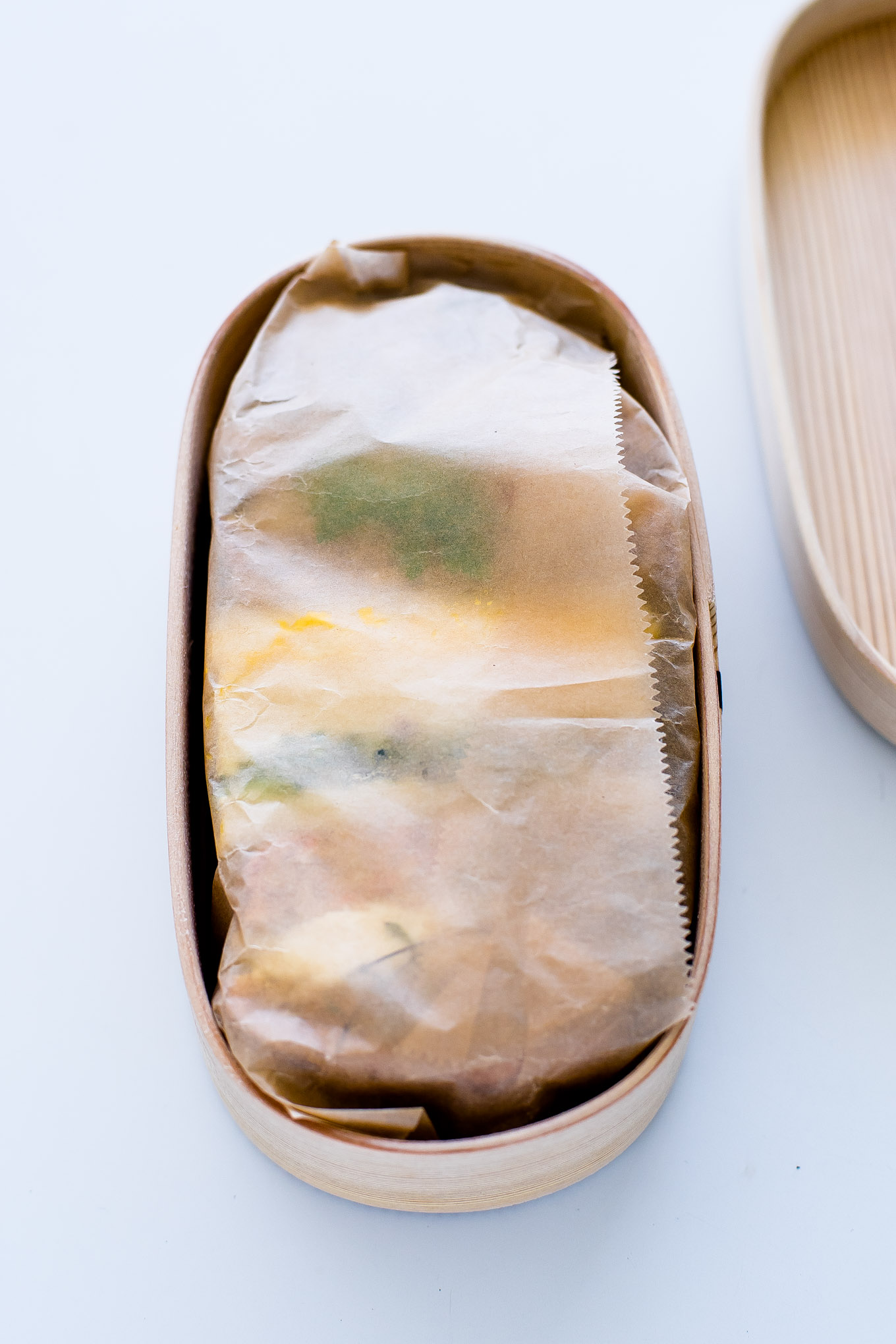 how-to-pack-a-sandwich-in-magewappa-bento-7