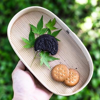 曲げわっぱにクッキーを詰めて、午後のプチピクニック。