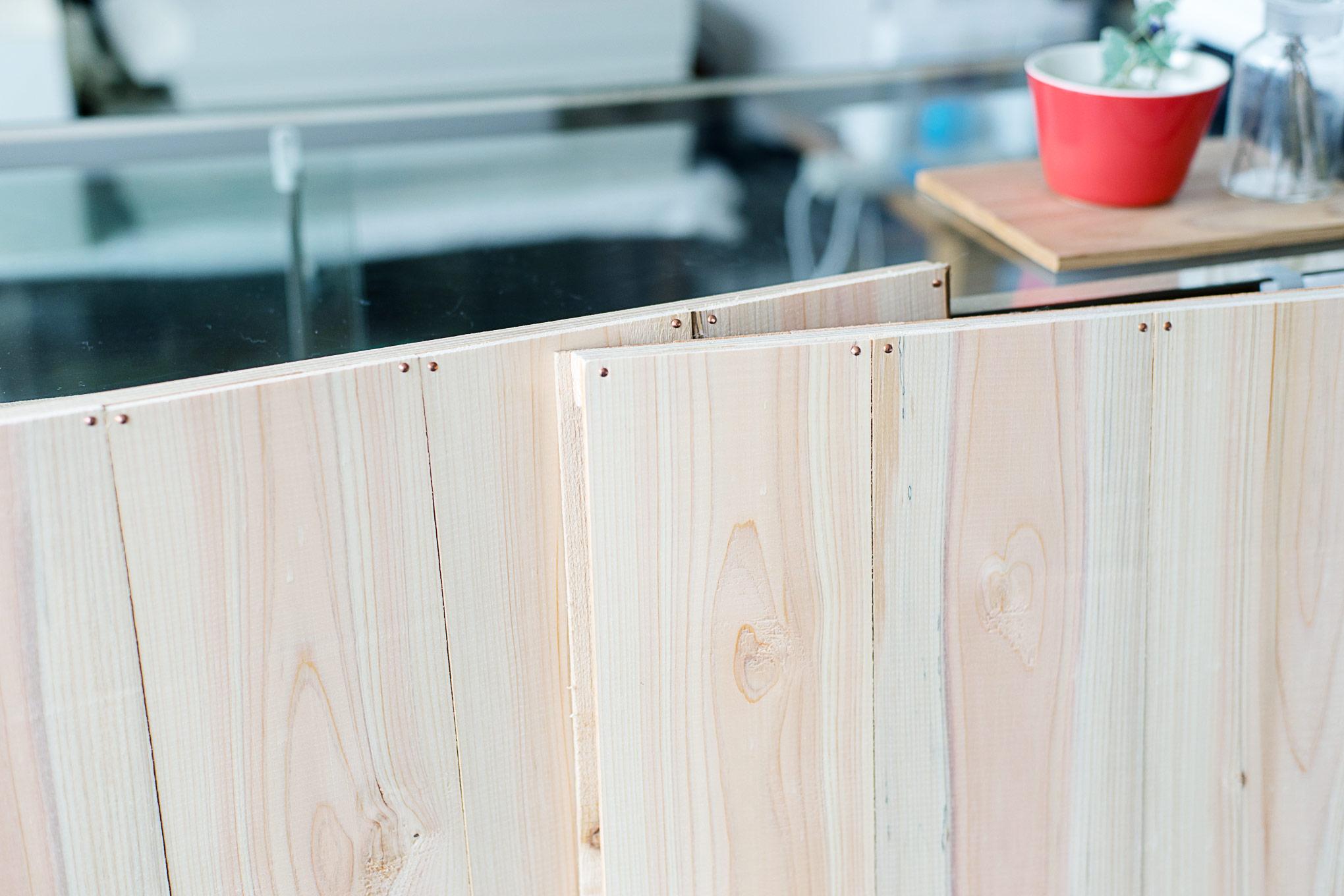 diy-wooden-backdrop-1