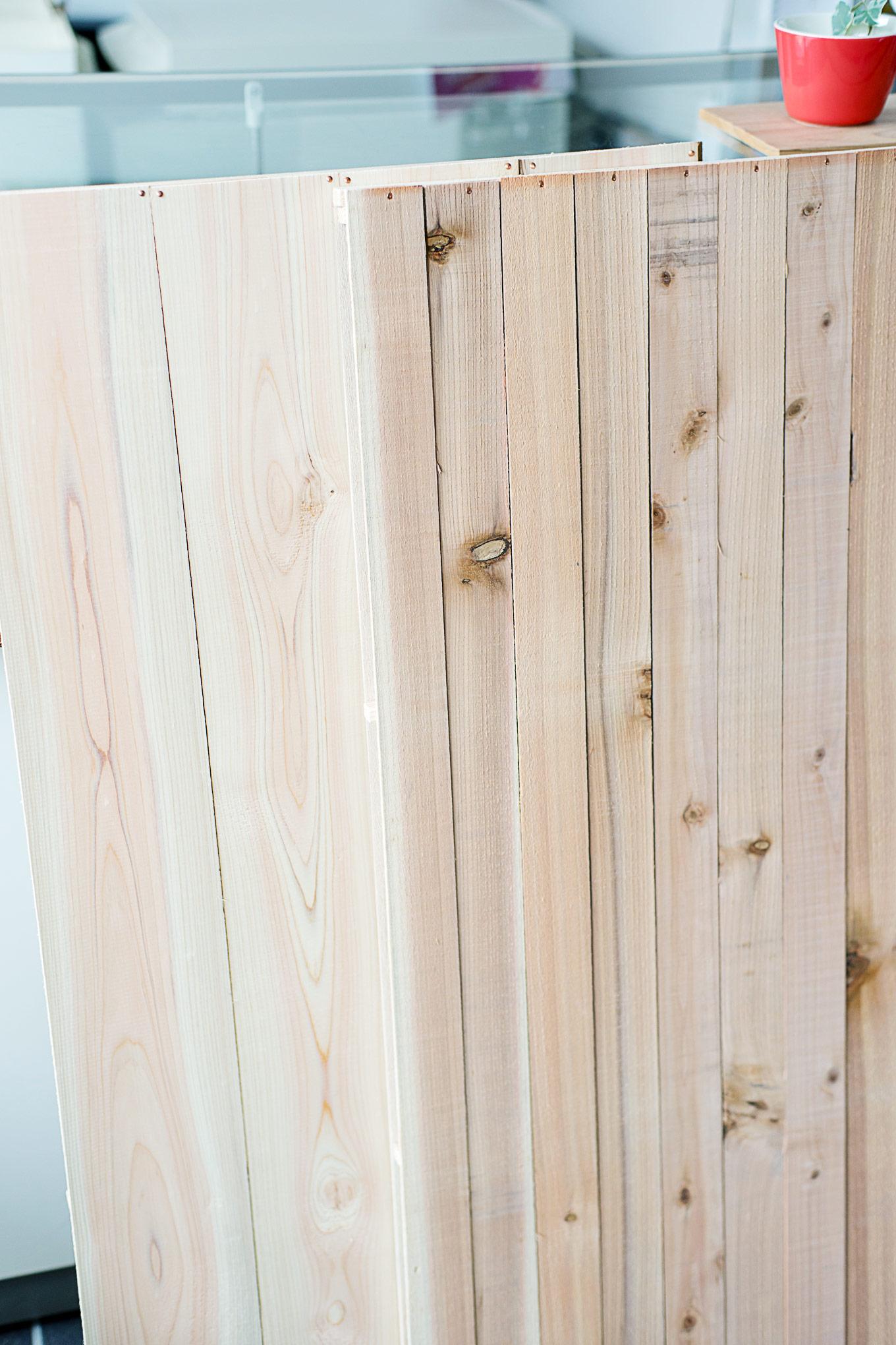 diy-wooden-backdrop-2